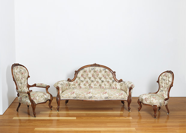 Unknown, Australia / Parlour setting (Settee, grandfather, grandmother chair and another chair) c.1880-1890's