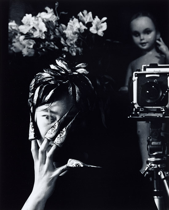 Michiko Kon, Japan b.1955 / Self portrait #3 1989 / Gelatin silver photograph on paper / Purchased 1996 / Collection: Queensland Art Gallery / © The artist